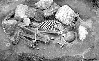 英国最古老木乃伊由多具遗体拼接而成?