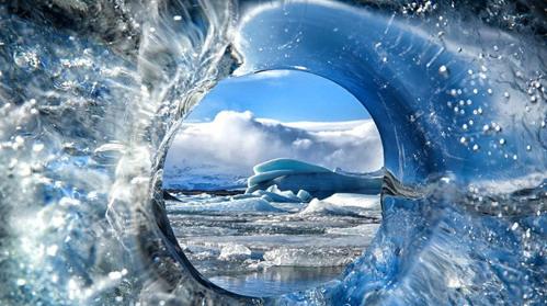 寰宇奇景:全球变暖致冰川瞬间坍塌