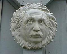 爱因斯坦的雕刻像