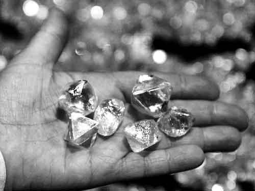 俄罗斯超大型钻石矿曝光 可满足全球3千年需求