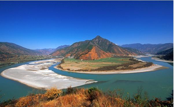 长江第一湾 自然界的奇观