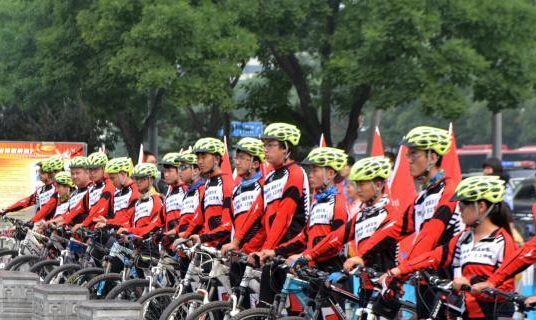 山西大学生骑行禁毒走遍11市数百公里