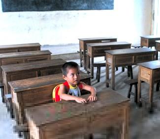 """武汉试点""""教育云"""" 学生提个平板电脑上学"""